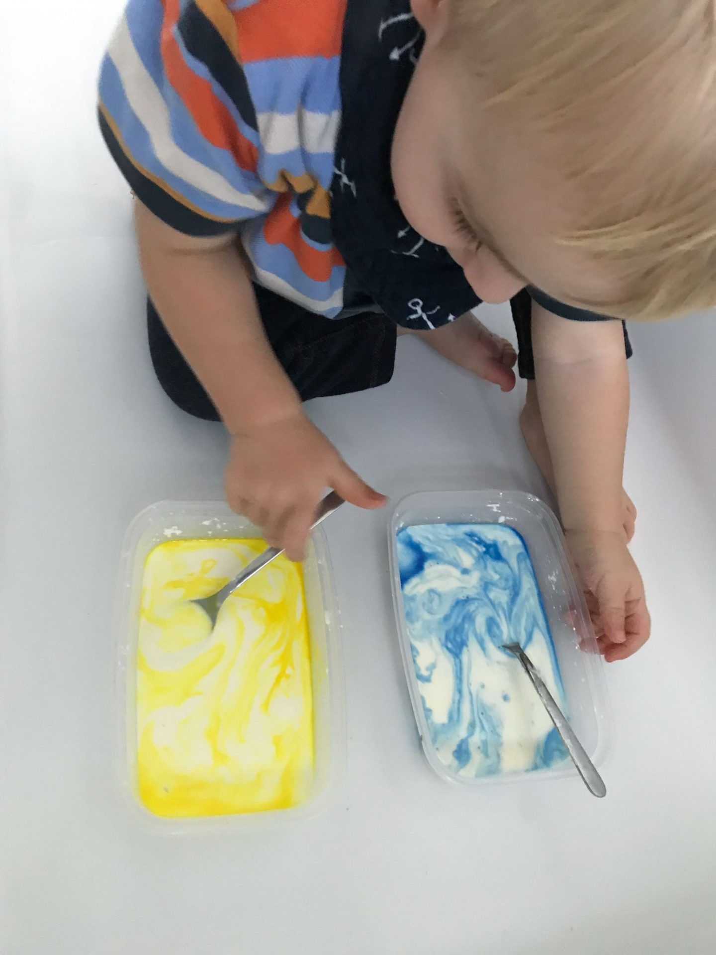 Kids art projects: Make gloop