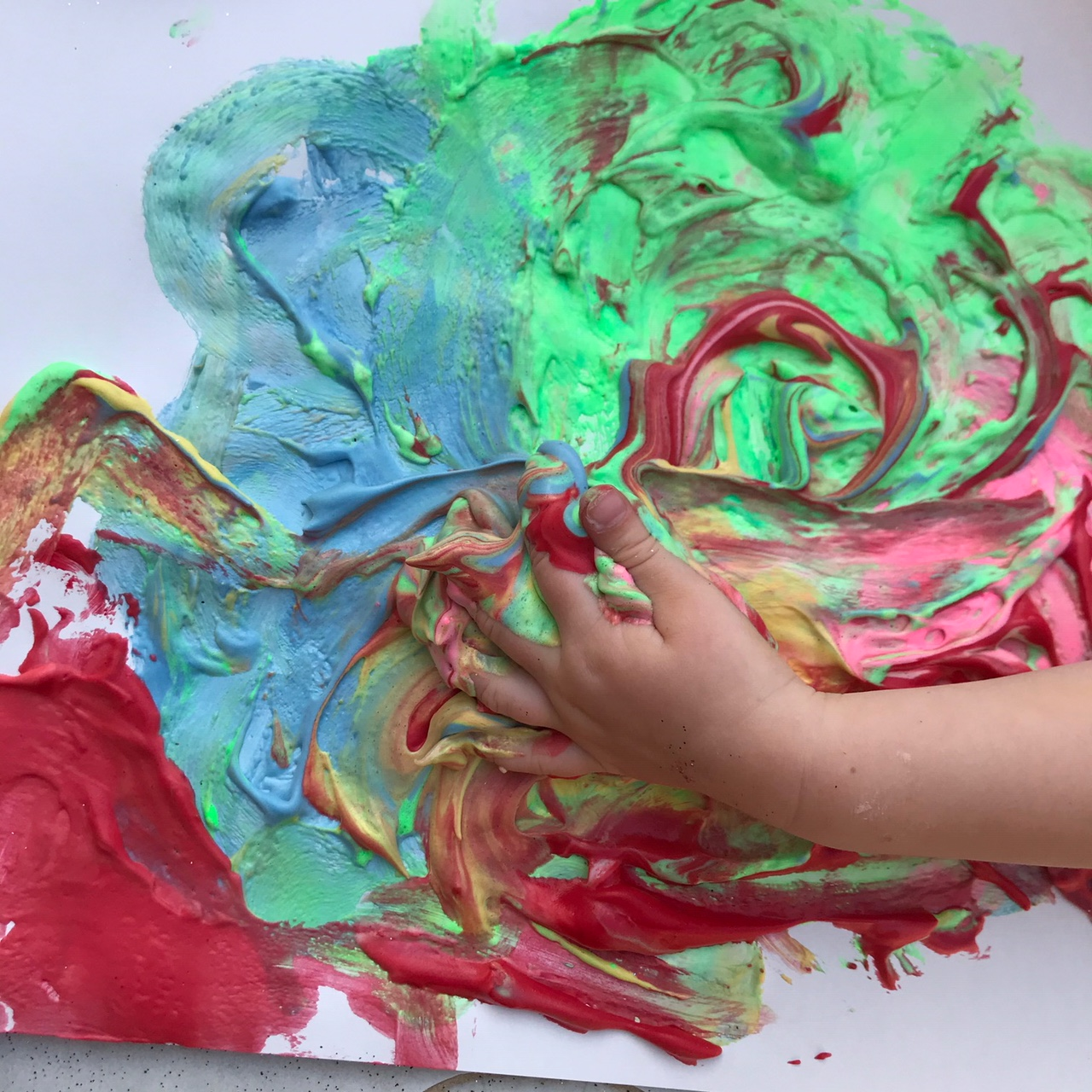 Kids art projects: Make fluffy paint