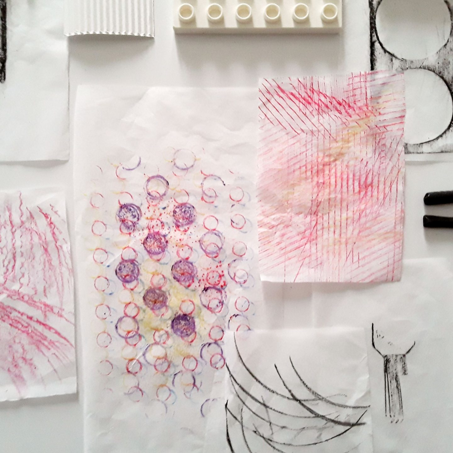 Kids art projects: Make rubbings from surfaces