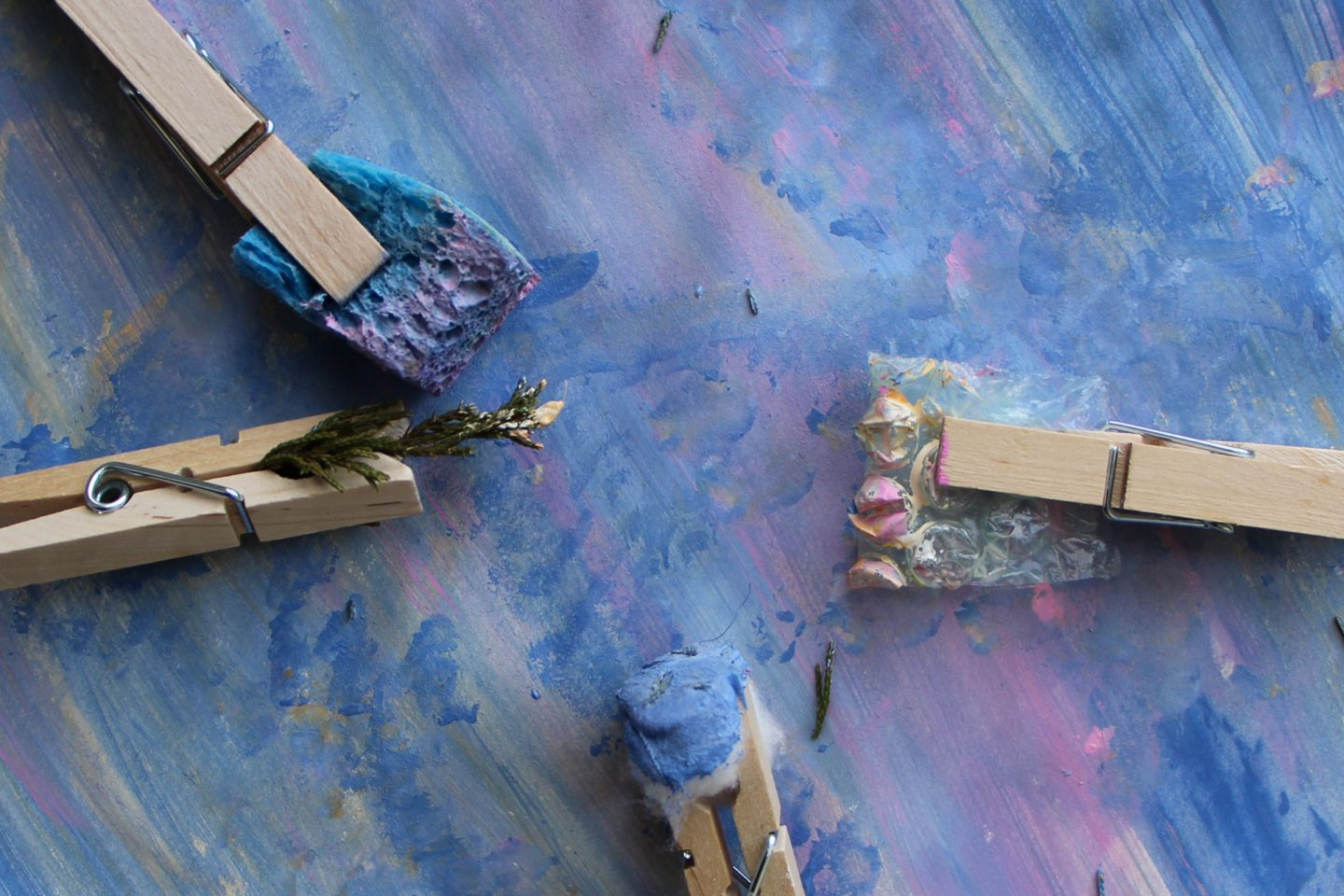 DIY paintbrushes are a great kid's art activity